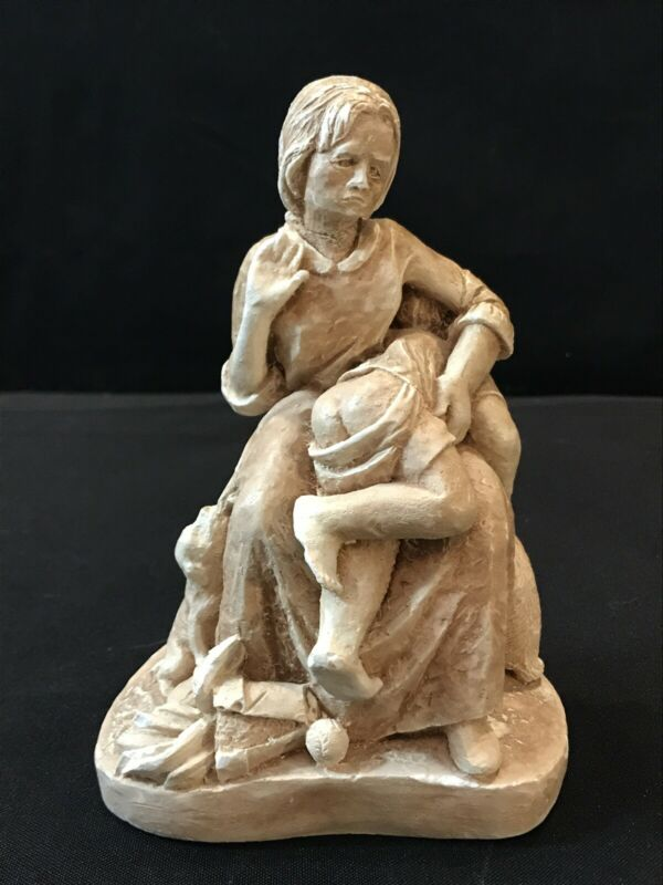 VINTAGE BROWN COUNTY PEDDLER CLAY MOTHER SPANKING CHILD