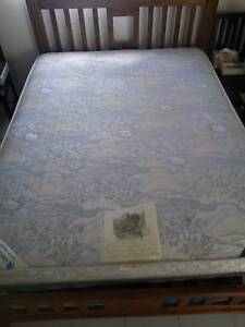 QUEEN MATTRESS!!! GOOD AND CLEAN!! Kangaroo Point Brisbane South East Preview