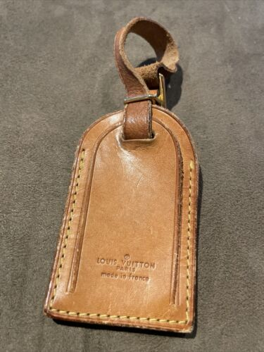 Louis-vuitton Luggage Tag - $27.50
