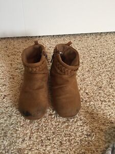 Sz 8 Toddler brown ankle booties - good cond