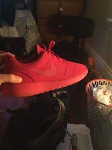 Nike roshe all red size 9.5