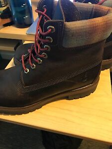 Size 10.5 Dark Brown Timberland boots (not fake)