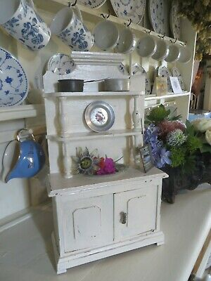 A PERFECTLY CHARMING LITTLE VINTAGE FRENCH COUNTRY WOODEN  DRESSER / ARMOIRE