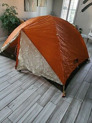 The North Face rock 3 Tent: 3-Person