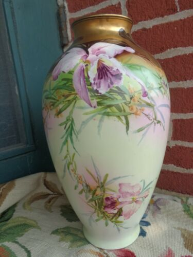 ANTIQUE VICTORIAN HAND PAINTED HEAVY GOLD FLORAL ORCHID LARGE PORCELAIN VASE