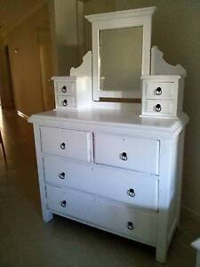 DRESSER DRAWERS WITH MIRROR Thornton Maitland Area Preview
