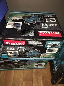 Makita36v chainsaw Butler Wanneroo Area Preview