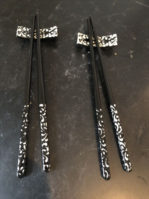 Set of two ceramic chopsticks with stand black and white design #25
