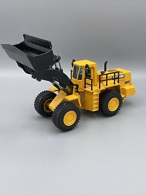 Michigan L320 Rubber Tire Wheel Loader By Joal 1:50 Scale Diecast Model