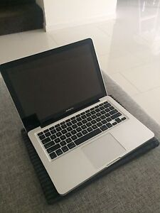 """Late 2011 MacBook Pro 13"""" Kellyville The Hills District Preview"""