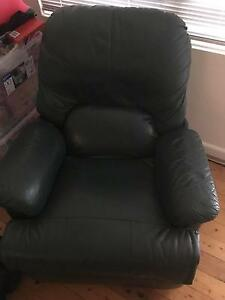 1x green leather lounge and 2 leather reclining chairs Cronulla Sutherland Area Preview