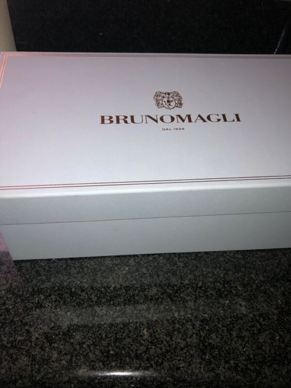 BRUNOMAGLI EMPTY STORAGE BOX + TISSUE & 2 Burgundy  FLANNEL SHOE Drawstring Bags