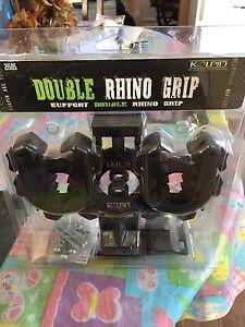 Double rhino grip