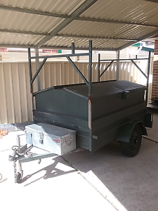 7x4 trailer with top Baulkham Hills The Hills District Preview