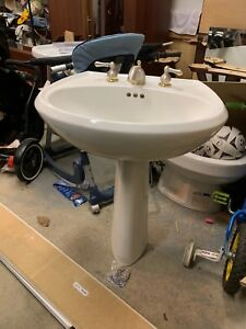 Kohler Pedestal Sink with Price Pfister faucet