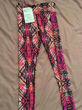 RRP $140 NOW $120 NEW WITH TAGS XS TIGHTS AND TANK Alexandra Hills Redland Area Preview