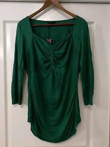 CUE, new with tags, size L maternity top Pomona Noosa Area Preview