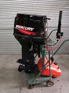 Mercury tohatsu 40hp Outboard tiller steer 3 cylinder