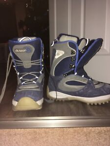 Size 9 mens snowboard boots