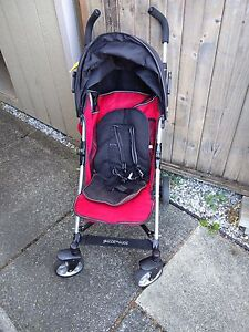 Travel stroller for sale!
