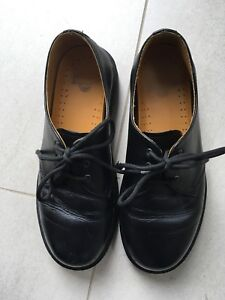 Dr. Martens Black Ladies Shoes Size 8 US