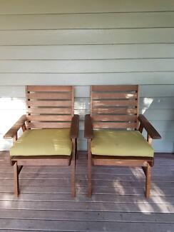 Outdoor Chairs (Set of 2)