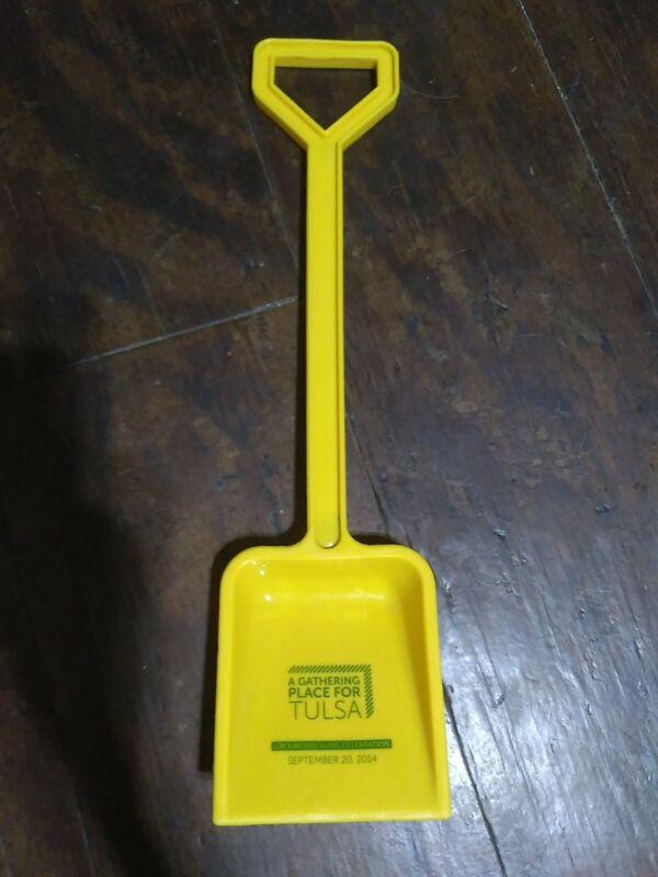 "18"" THE GATHERING PLACE Groundbreaking Plastic Shovel 2014 Tulsa Oklahoma Rare!"