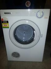 DRYER 4 KG NEARLY NEW WITH WALL MOUNT. Brunswick West Moreland Area Preview