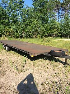 8x24 tandem 3500lb axels flat deck trailer, 1/4 checkerplate