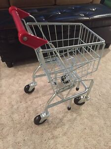 Melissa and Doug Metal pretend grocery cart