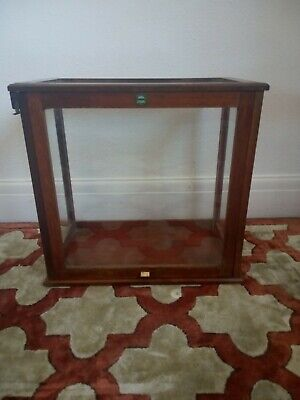 AN ANTIQUE VICTORIAN DISPLAY CABINET. COLLECTION MARGATE