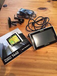 Magellan roadmate 1440 4.3 inch portable gps navigator