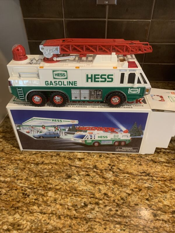 1996 HESS Truck (Toy Emergency Truck) NEW In Box