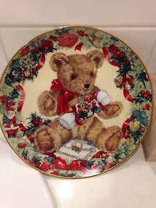Collectable Franklin Mint Plate Briar Hill Banyule Area Preview