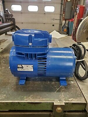 Thomas Industries Diaphragm Vaccuum Pump