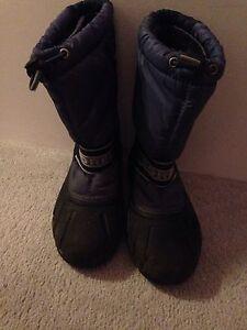 Sorel boots size 3 Kingston Kingston Area image 1