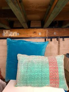 Cushions assorted