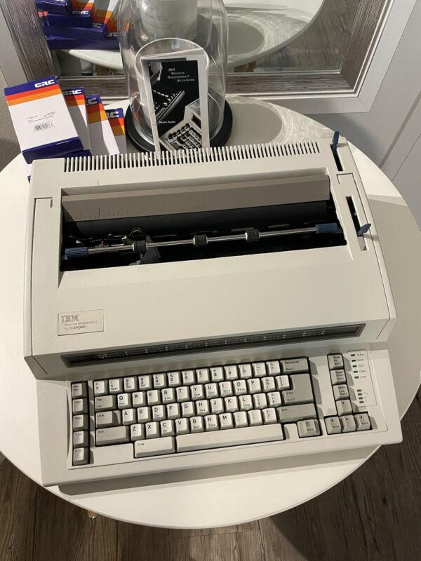 IBM Lexmark Wheelwriter Personal 2 Typewriter New Ink Great Shape - LOCAL PICKUP