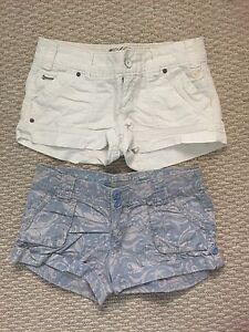 Women's Shorts - American Eagle and Bluenotes size 4