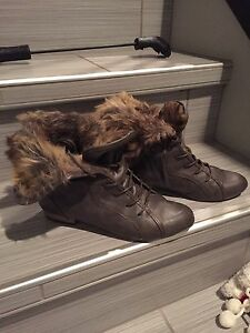 Roberto Vianni, size 8 excellent condition, runners