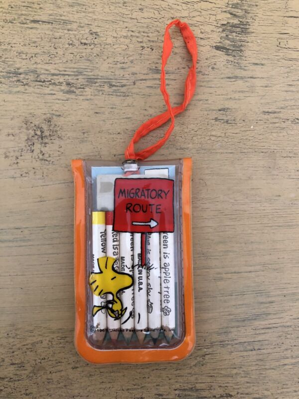 Vintage Woodstock Peanuts Colored Pencils Notepad Mini Eraser With Case