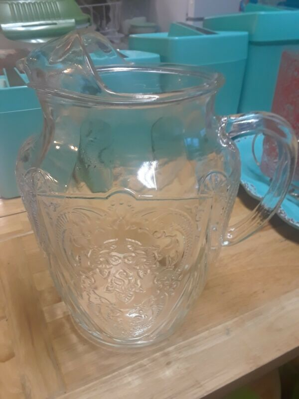 "DEPRESSION HAZEL ATLAS GLASS ROYAL LACE CRYSTAL 8.5"" TALL 96-Oz ICE-LIP PITCHER"
