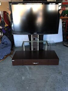 Samsung flat screen with Z-line stand $300