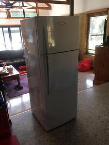 374 litre Fridge/Freezer Berry Shoalhaven Area Preview