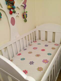 Cot and Toddler Bed & mattresses