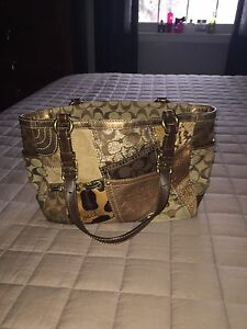 Must Go Fast! Authentic Coach Bag!