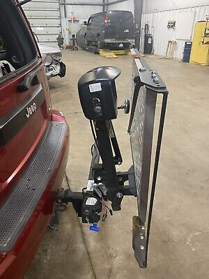 Harmar AL 105 R1 wheelchair or scooter lift with swing arm for vehicle Scooter Wheelchair Lift