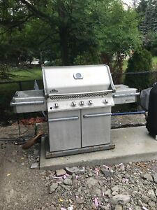 Used Napoleon natural gas Prestige Pro series BBQ