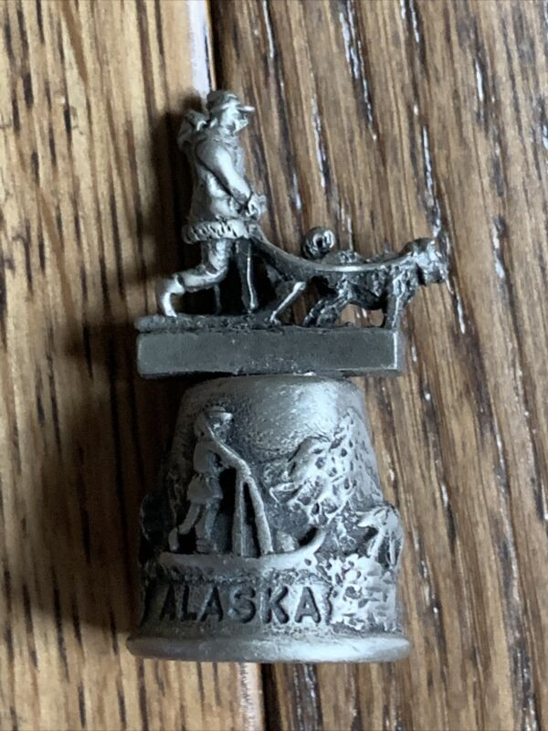 Vintage Alaska Souvenir Pewter Thimble Dog Sledding Iditarod