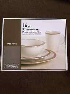Thomson Pottery 16pc Stoneware Dinnerware Set Westmead Parramatta Area Preview